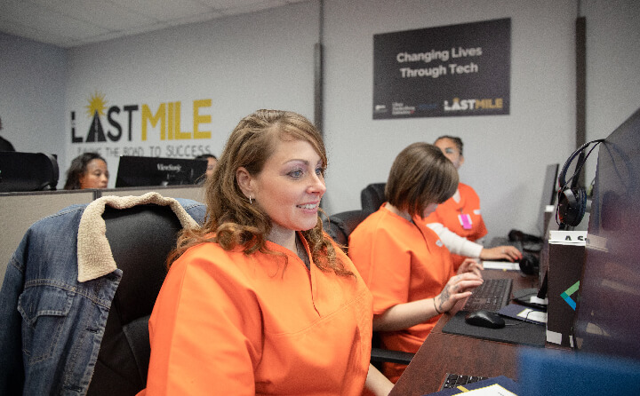 Incarcerated women learn how to code via The Last Mile program