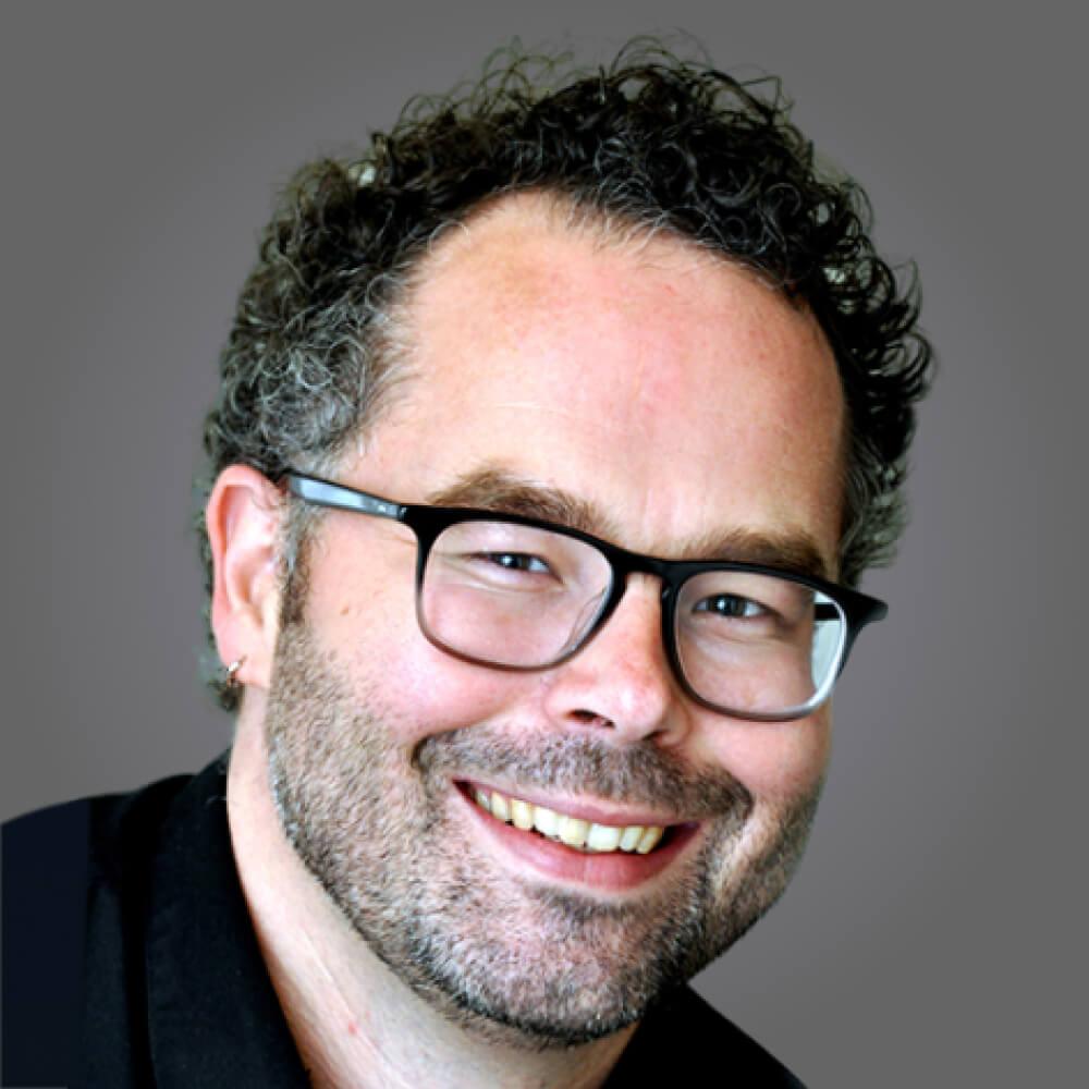 Arne Bakker (DIRECTOR, MEETINGS AND COMMUNITY FOR SCIENCE)