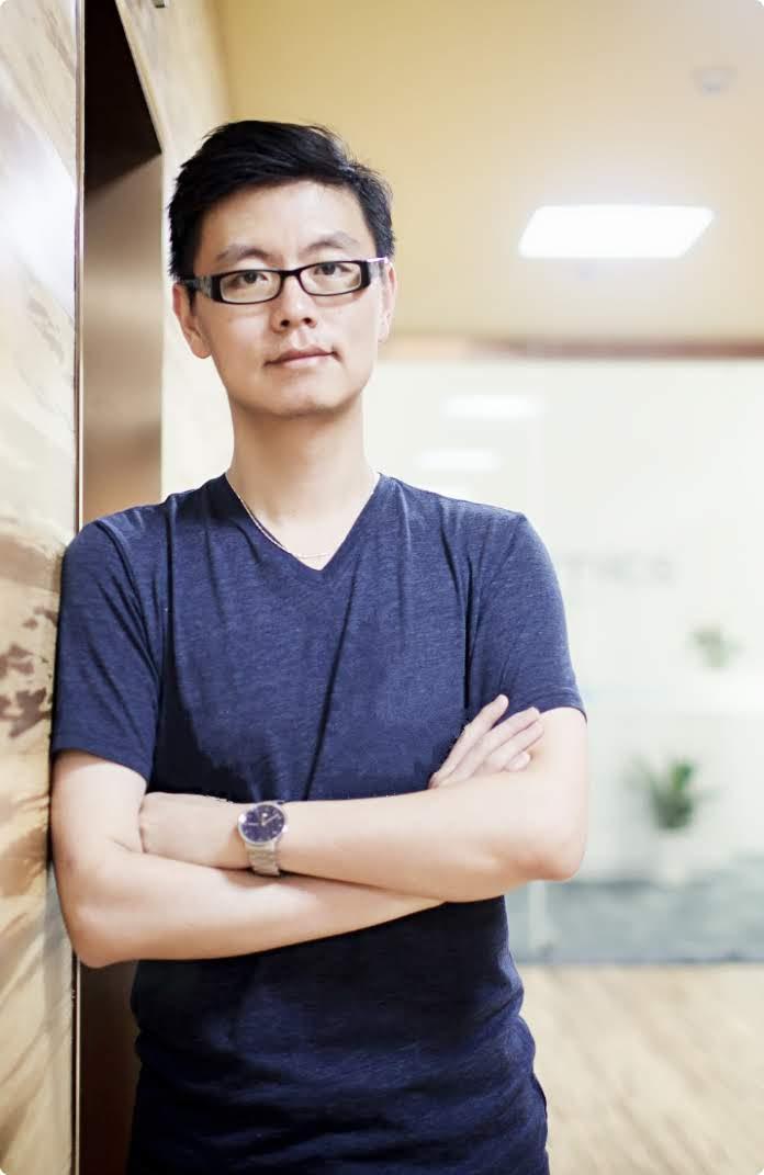 Headshot of Dr. Jingjing Li