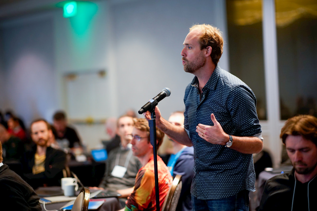 Chris Holdgraf of 2i2c speaks at CZI's Essential Open Source Software for Science kickoff meeting.